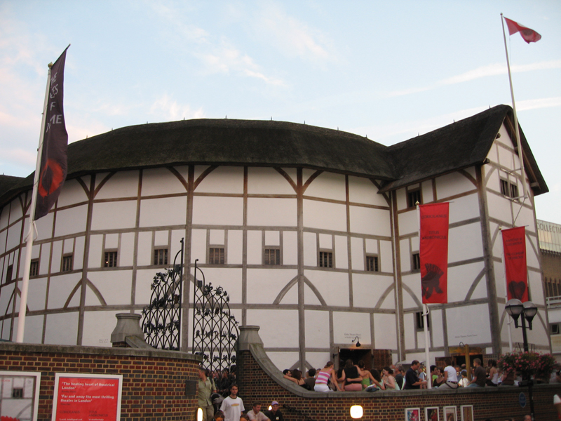 william shakespeare and the public theaters in london Key events and dates in a william shakespeare the bishop of worcester issues a marriage license to william shagspere the london theaters reopen to the public.
