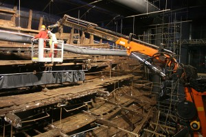 The Mary Rose being prepared for drying now that the polyethylene glycol treatment has come to an end. Image: M Symonds