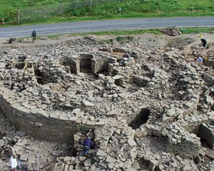 Rewriting the origin of the broch builders