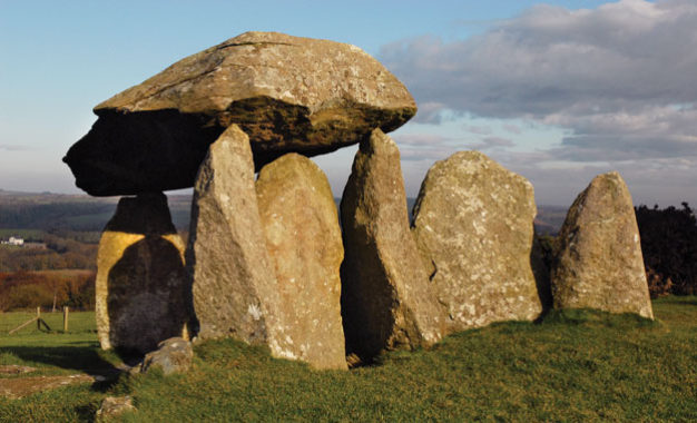 Heathery livrocky land: rethinking the stones of Neolithic Pembrokeshire
